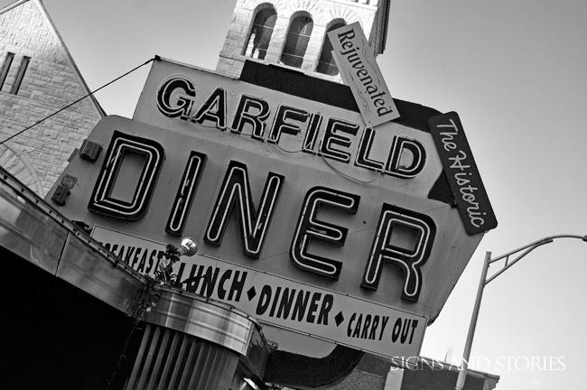 garfield-bw