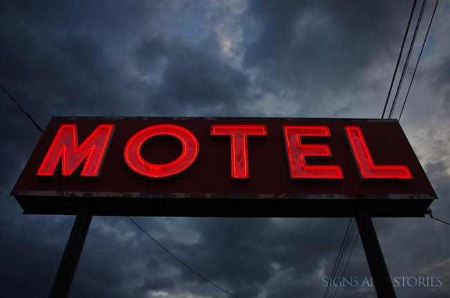 motel-spooky