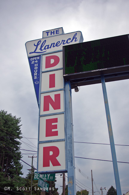 Llanerch Diner Side Sign