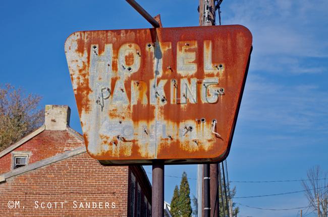 Hotel Parking, Orefield, PA